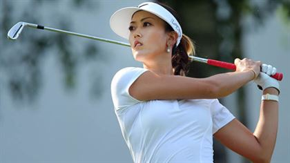 Michelle Wie will have no problem adapting to the #urbanfashion side of golf. what do you think, reader?